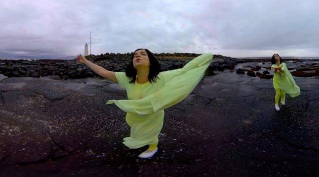 Mira el video interactivo en 360º de Björk para «Stonemilker»