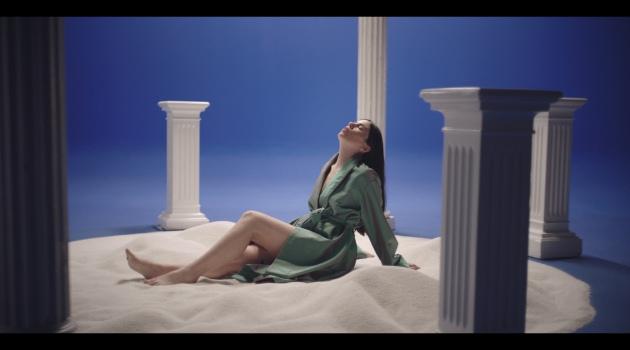 """Javiera Mena estrena el video de su single """"Dentro de Ti"""""""