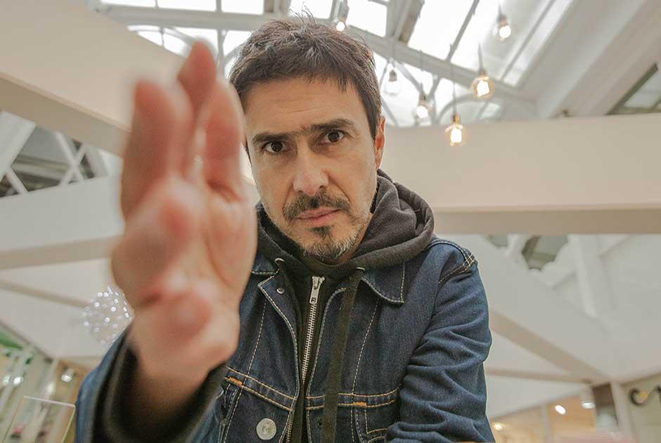 Entrevista a Francisco González: Estrena nuevo Single «Espinas y Cicatriz»