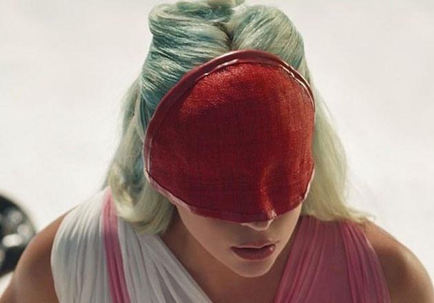 Mira el nuevo video de Lady Gaga para su tema 911